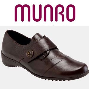 Munro Tour Flat Style 740521 Brown Leather
